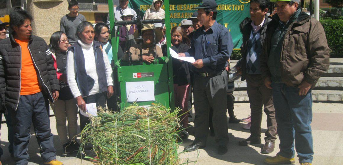 Empacadoras fueron entregadas en Junín para abastecer al ganado ante heladas