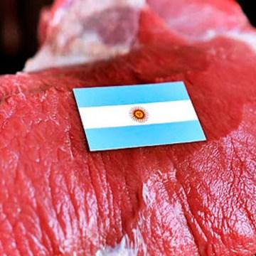 Ganaderos y frigoríficos de Argentina piden fin a restricción de exportación de carne